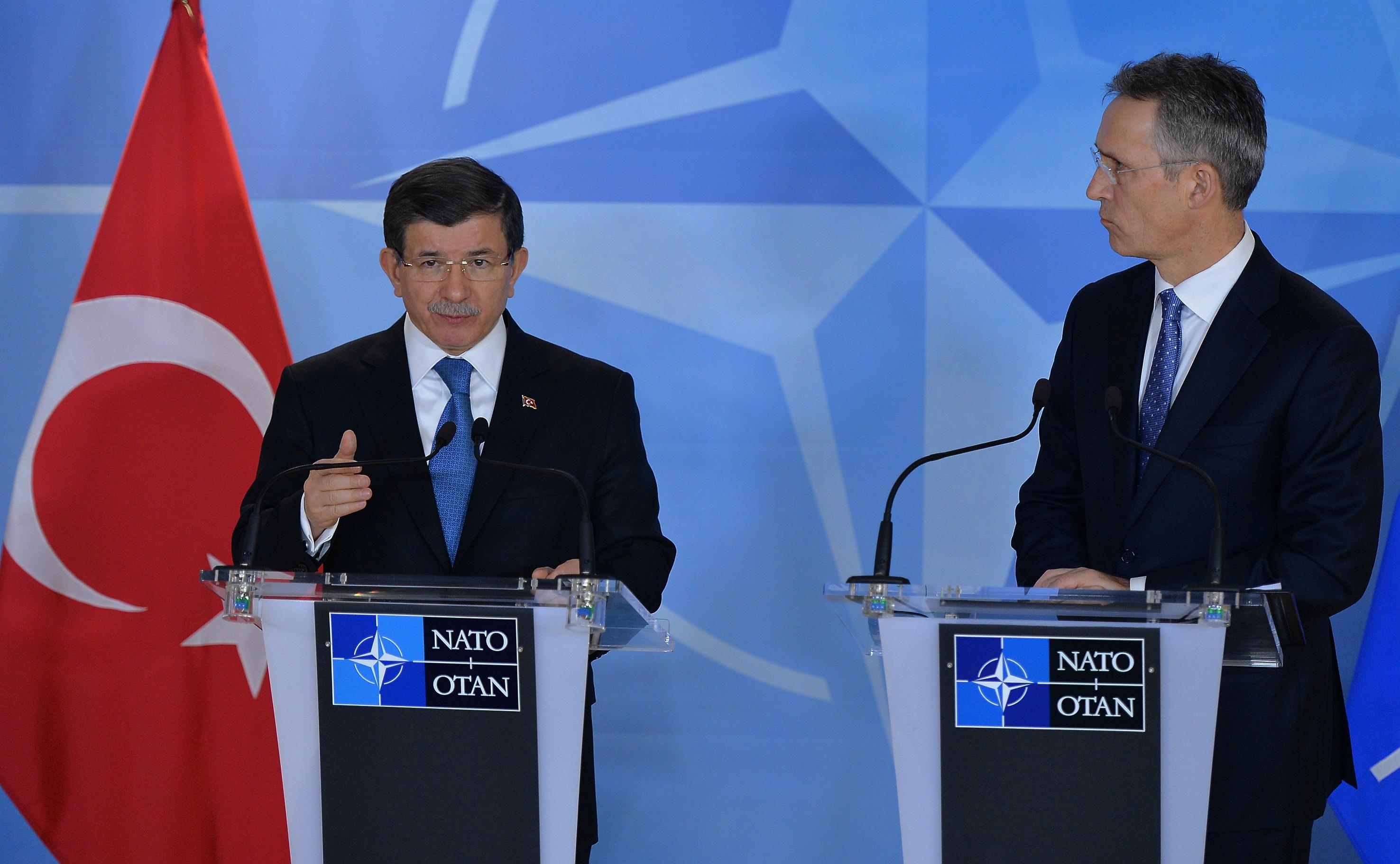 Η Τουρκία ζήτησε και πέτυχε την εξαίρεση των Δωδεκανήσων από θέατρο επιχειρήσεων της νατοϊκής αποστολής, επιτρέποντας της να διατηρεί το επιχείρημα περί γκρίζων ζωνών στη περιοχή.
