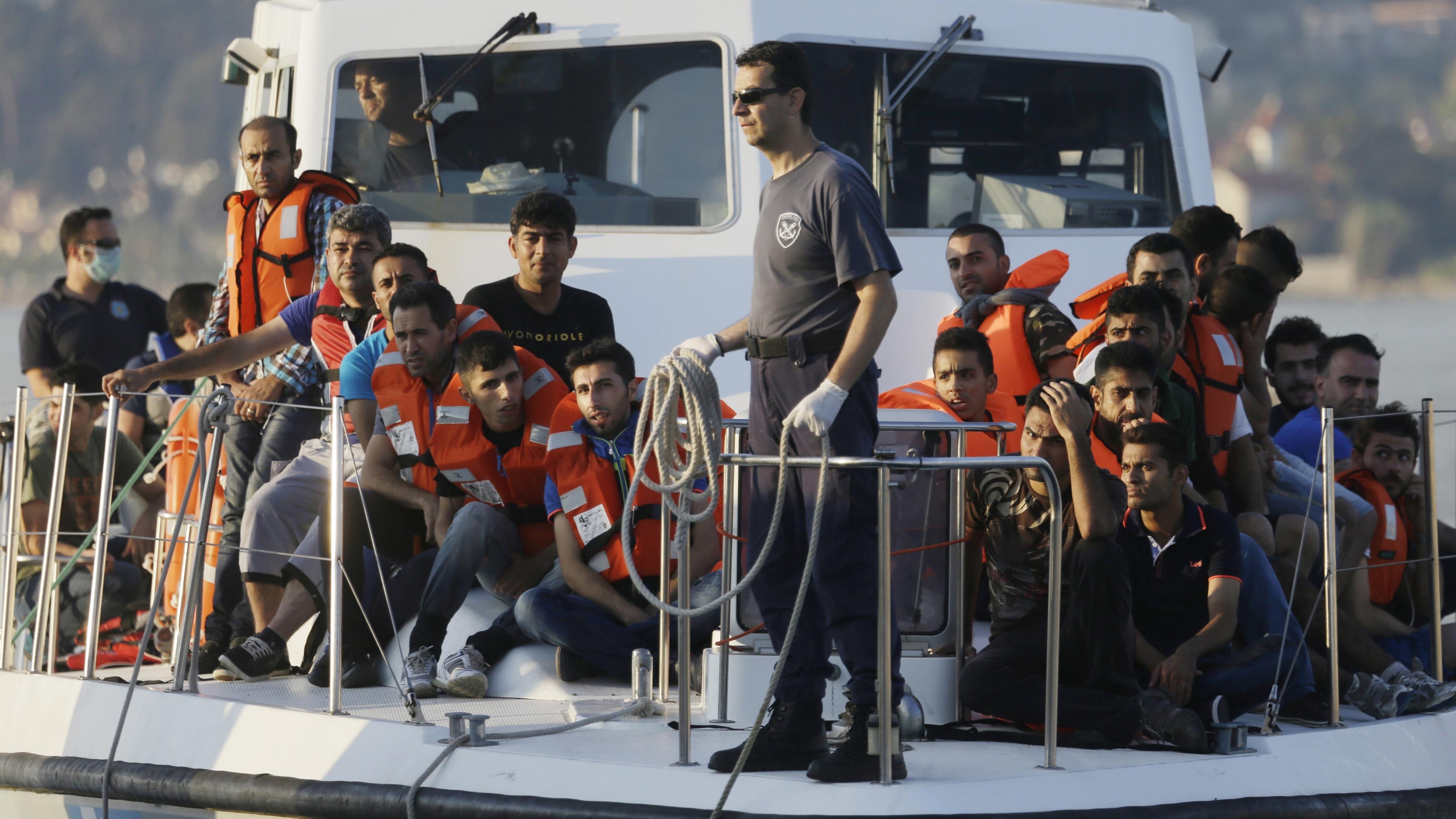 Ενώ το Λιμενικό Σώμα καταβάλει υπεράνθρωπες προσπάθειες για να διασώζει λαθρομετανάστες, το αντίστοιχο τουρκικό παθητικά υποστηρίζει τα δίκτυα διακίνησης.