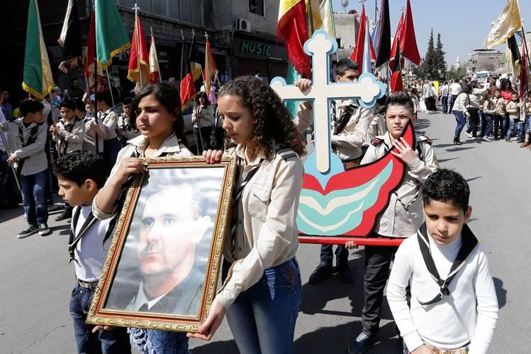 Η σχετική σταθερότητα που παρείχαν τα καθεστώτα της Μ. Ανατολής προς τους Χριστιανούς, είναι ο λόγος που οι δεύτεροι τους υποστηρίζουν.