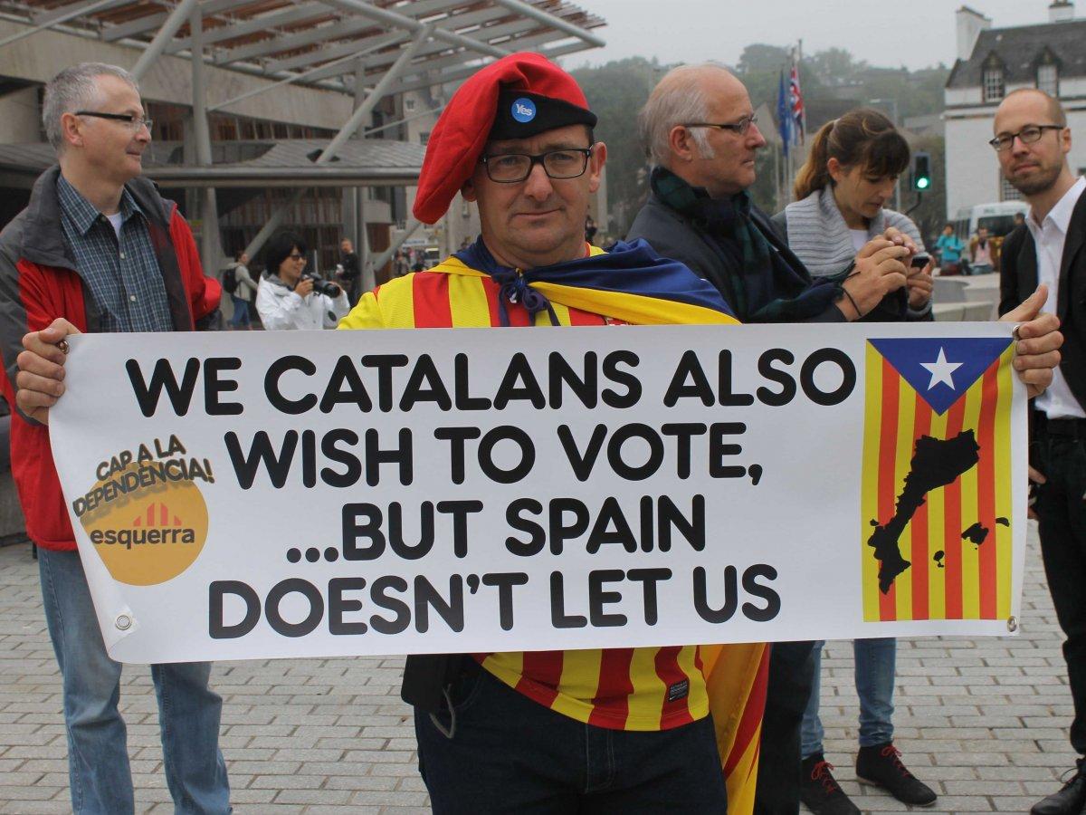 catalan-vote-tomas-hirst